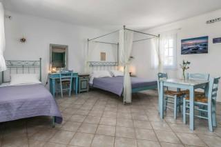 junior suite milos villa venus bedroom area