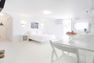 milos-accommodation-villa-venus